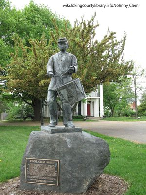A photo of the statue of Johnny Clem.